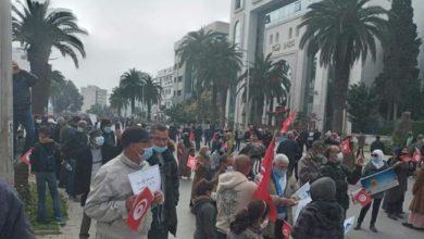 Photo of نقابة الصحفيين تدين العنف ضد الصحفيين من طرف أنصار النهضة وتقرر اللجوء إلى القضاء