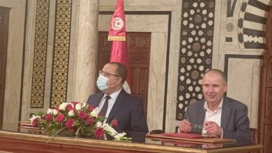 Photo of امضاء بيان المسار التشاركي في الإصلاحات بين إتحاد الشغل و الحكومة