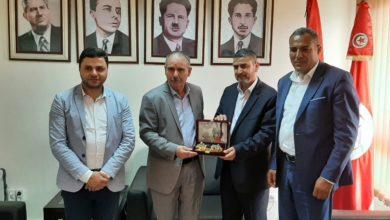 Photo of حركة حماس تكرم الأمين العام للاتحاد العام التونسي للشغل