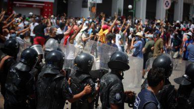 Photo of نقابة الصحفيين تدين الاعتداءات التي طالت الصحفيين اثناء تغطية التحركات الاحتجاجية في ذكرى عيد الجمهورية